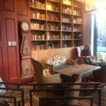 Caffe Nero Torsplan- interior next to bookcase