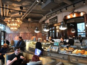 Caffe Nero Torsplan-interior counter andar wall view